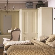 878565eed Cambridge Bedroom shown in Oakgrain Cream