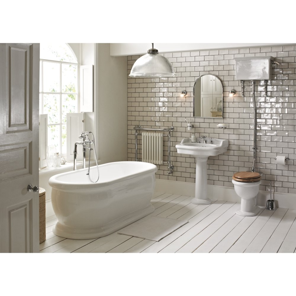 Heritage bathrooms victoria bathroom suite in white for Bathrooms b q suites